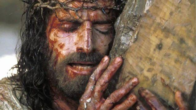 """""""Almeno"""" a Pasqua, si permetta a 10 persone di partecipare alle celebrazioni del Triduo e ricevere l'Eucaristia"""